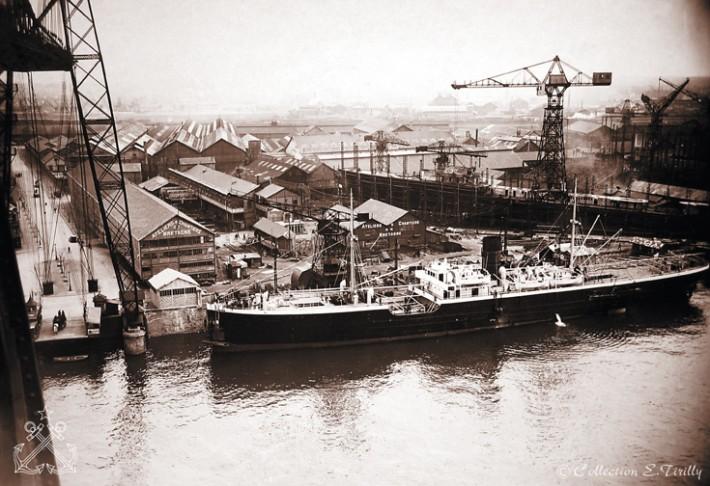 Bateaux port de Nantes09